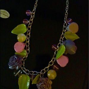 Jewelry - Ladies necklace